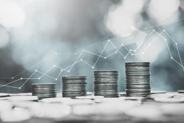 simulador de investimento moedas empilhadas
